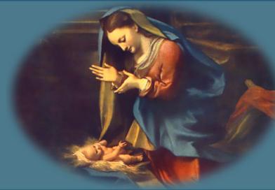 Moeder Maria omarmt het Christuskind in ons